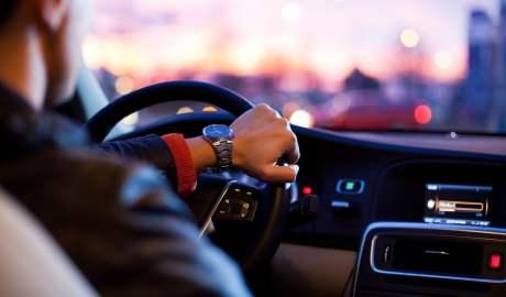 Polskie firmy wykazują coraz większe zainteresowanie samochodami z napędem alternatywnym
