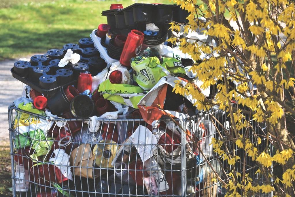Inteligentne recyklomaty pomogą skuteczniej segregować odpady