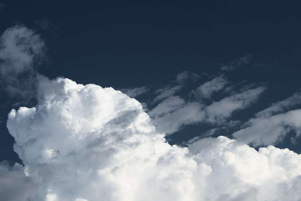 Dziura ozonowa nad Antarktydą zaczęła gwałtownie rosnąć
