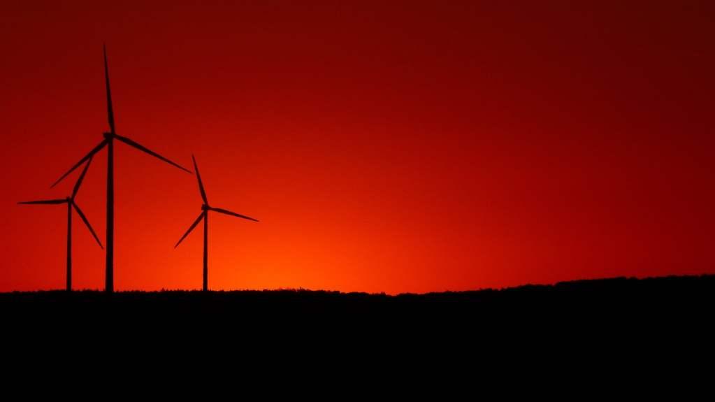 Czy połączenie OZE i energii atomowej może stanowić przyszłość polskiej energetyki?