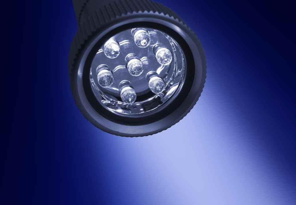Oświetlenie LED-owe pozwala obniżyć zużycie energii nawet o 80%