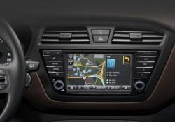 Hyundai i20 TomTom Live Service Wlan im Auto