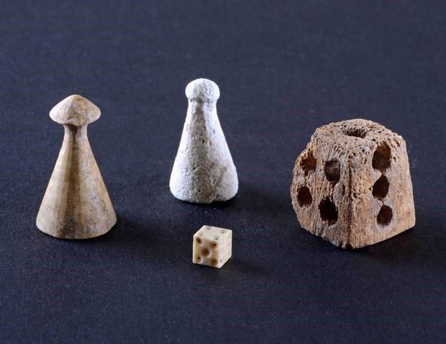 phoenician dice