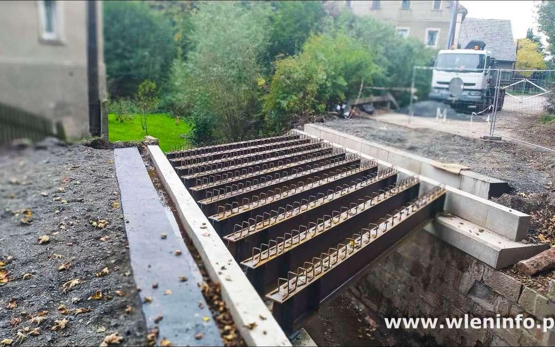 Postępują prace na moście w Strzyżowcu