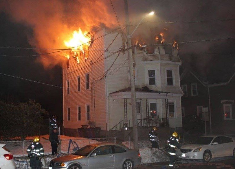 Man Killed In Fast Moving House Fire In Fall River Abc6