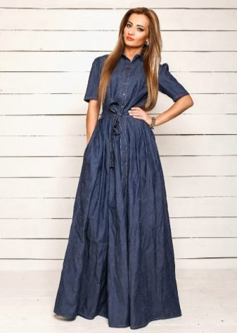 What can I wear with a denim shirt dress? 7