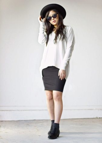 How to wear a sweater and skirt? 8