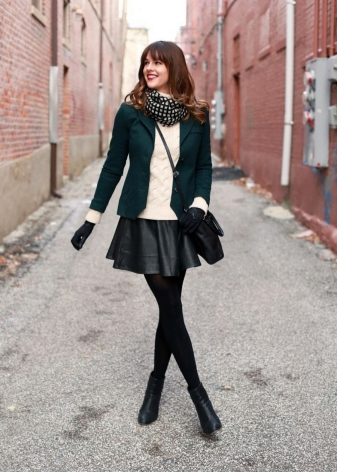 How to wear a sweater and skirt? 31