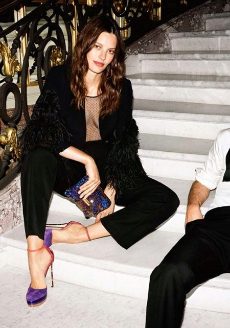 Open-toe sandals are always in fashion! 10