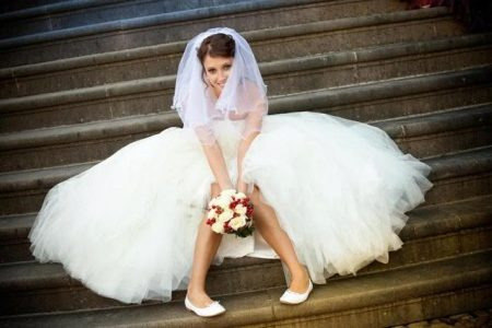 Wedding sandals or shoes: what to choose? 10
