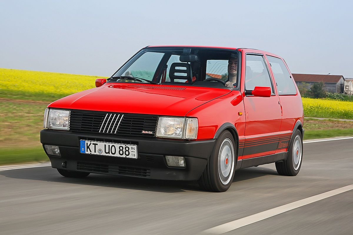 New Fiat Uno I Turbo Ie Hot Hatch On This Month