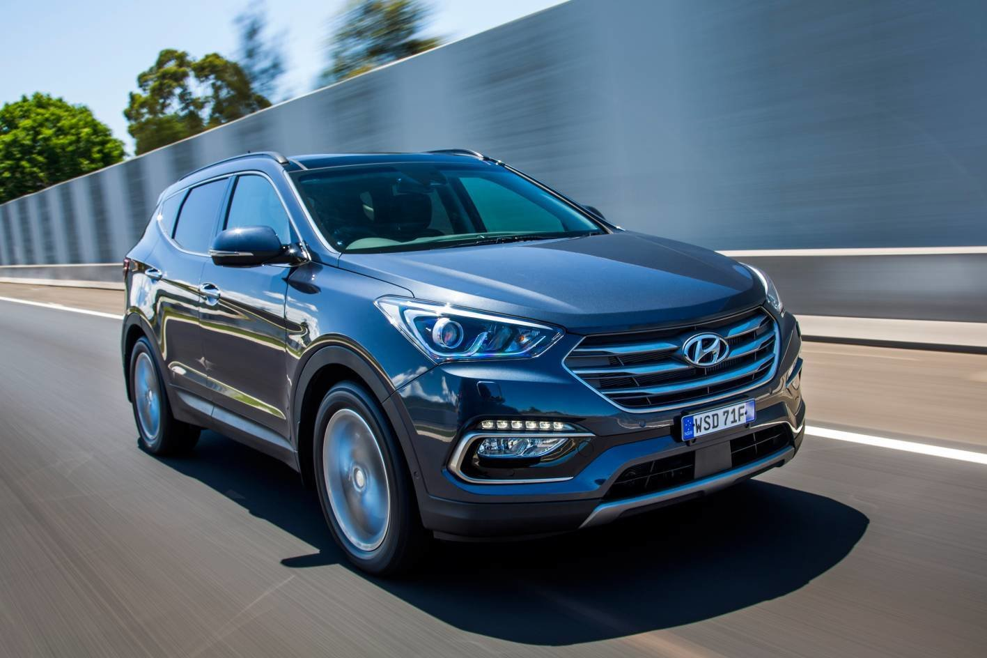 New Should I Buy A Hyundai Santa Fe 7 Seater Suv — Auto On This Month