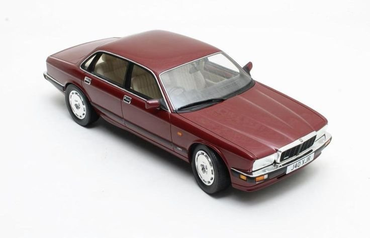New Cult Scale Models 1 18 Jaguar Xj40 Xjr Lobsterdiecast Co On This Month