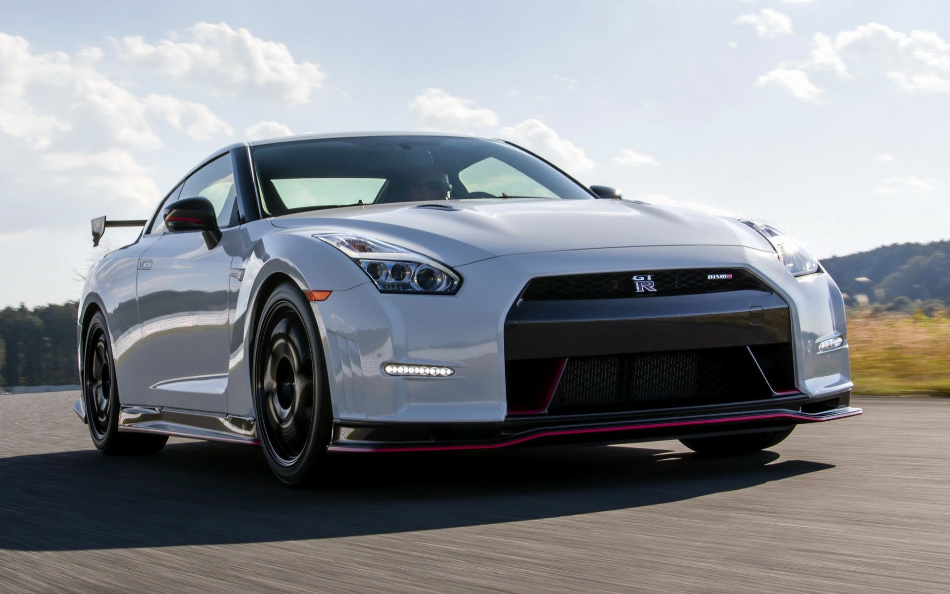 New 2015 Nissan Gt R Nismo Us Wallpapers And Hd Images On This Month
