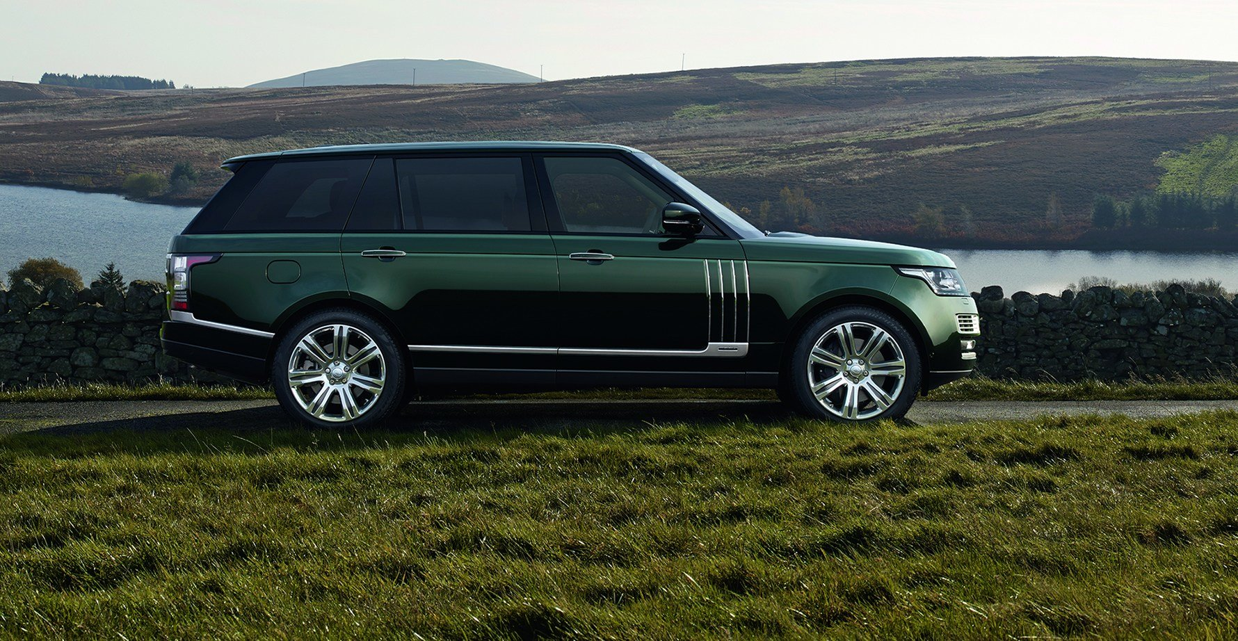 New British Luxury Car The Holland Holland Range Rover On This Month