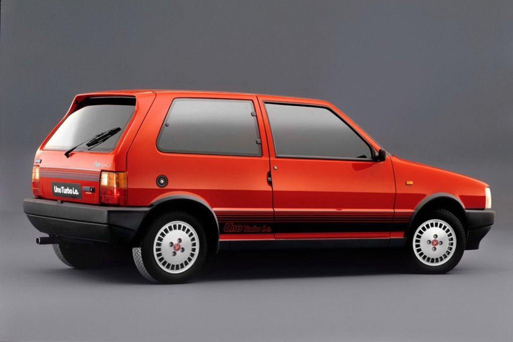 New 2011 Fiat Uno First Official Photos Of New Italian Supermini On This Month