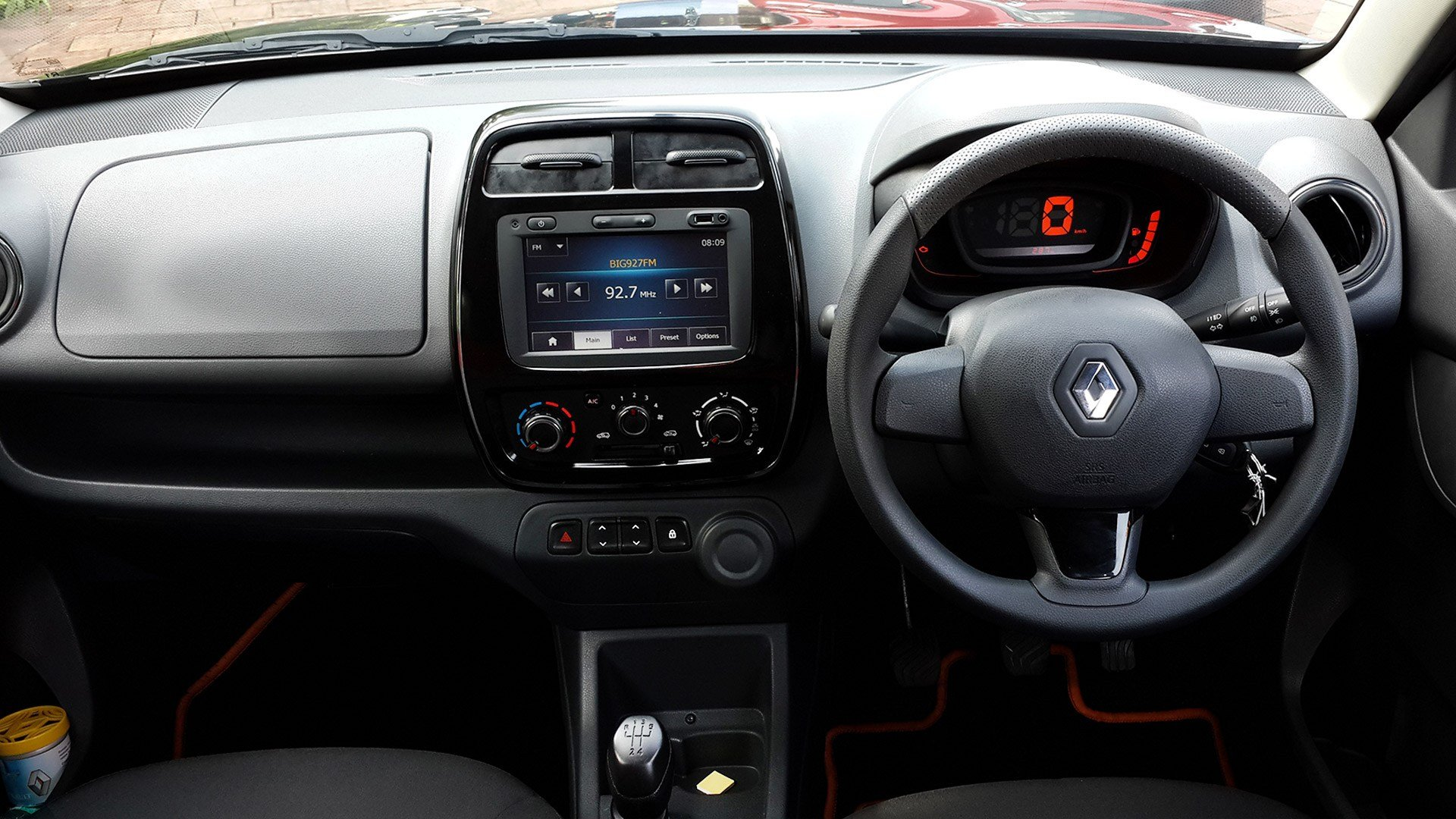 New Renault Kwid 2015 Std Exterior Car Photos Overdrive On This Month