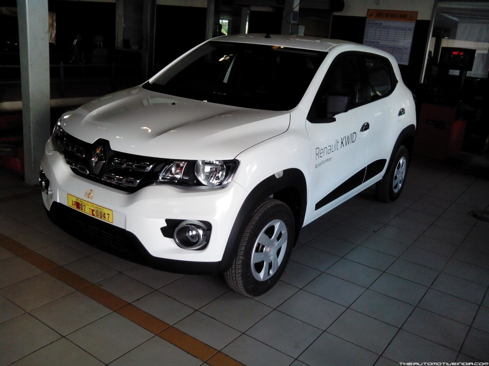 New Renault Kwid Std Photos Images And Wallpapers Mouthshut Com On This Month