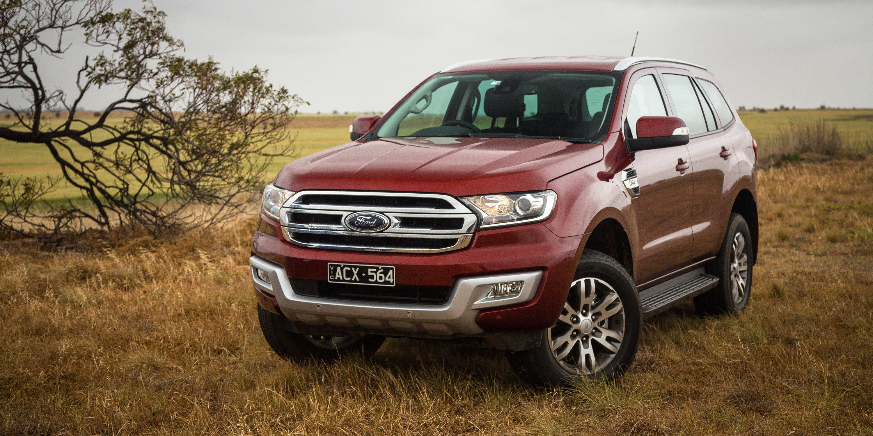 New Ford Everest Trend V Toyota Fortuner Crusade Comparison On This Month