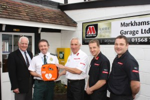 FIRST NORTH HEREFORDSHIRE PUBLIC ACCESS DEFIBRILLATOR GOES LIVE IN KINGSLAND 1