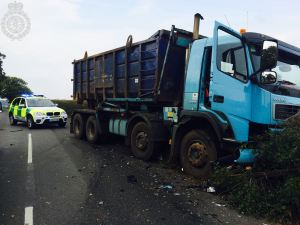 Car and lorry collide in Warwickshire 2 23-09-14