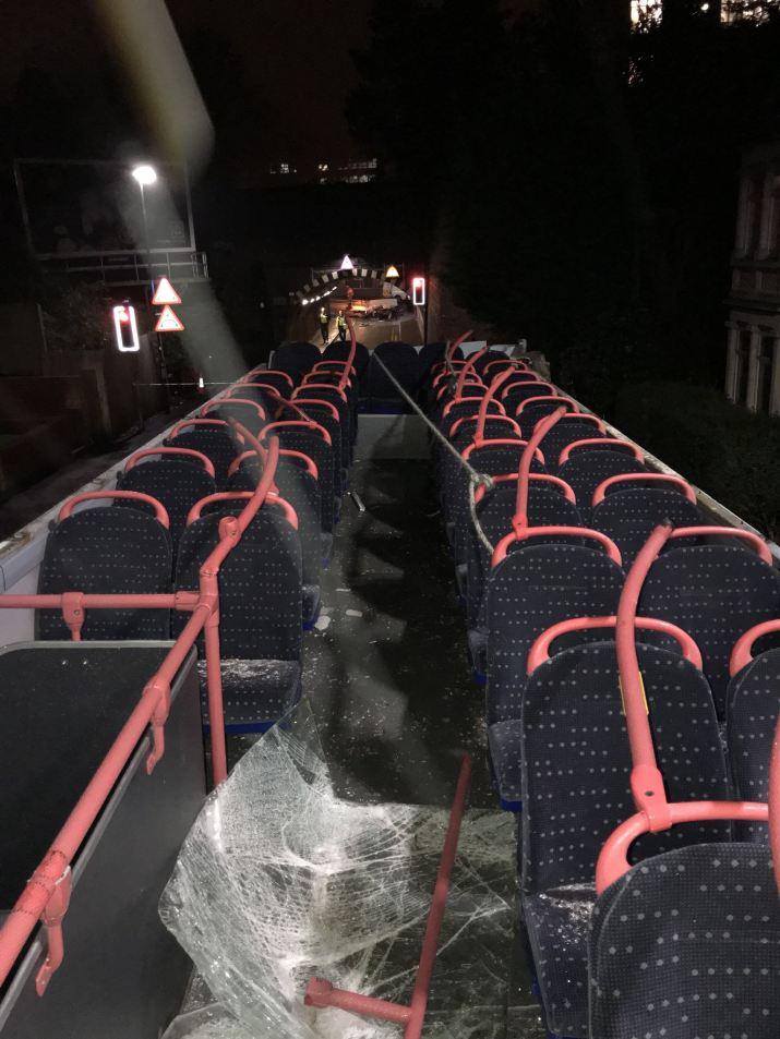 ROOF OF DOUBLE-DECKER BUS SLICED OFF IN BRIDGE RTC 2