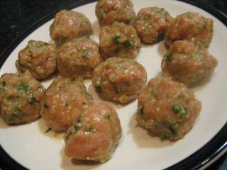 Typical non-cancerous albondigas.