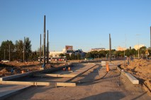 Budowa linii tramwajowej na skrzyżowaniu alei Sikorskiego z ulicami Tuwima i Synów Pułku (15 czerwca 2015)