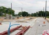 Budowa linii tramwajowej na skrzyżowaniu alei Sikorskiego z ulicami Tuwima i Synów Pułku (12 lipca 2015) - przystanek Galeria Warmińska