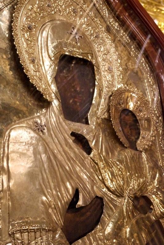 """Detail of the Smolensk """"Hodigitria"""" Icon of the Theotokos"""