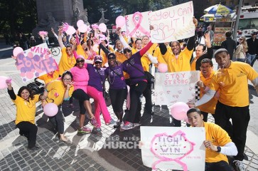 WMSCOG, World Mission Society Church of God, Chruch of God, Yellow shirts, cheering, volunteering, smile campaign, breast cancer awareness, avon, avon breast cancer walk, pink, fight cancer