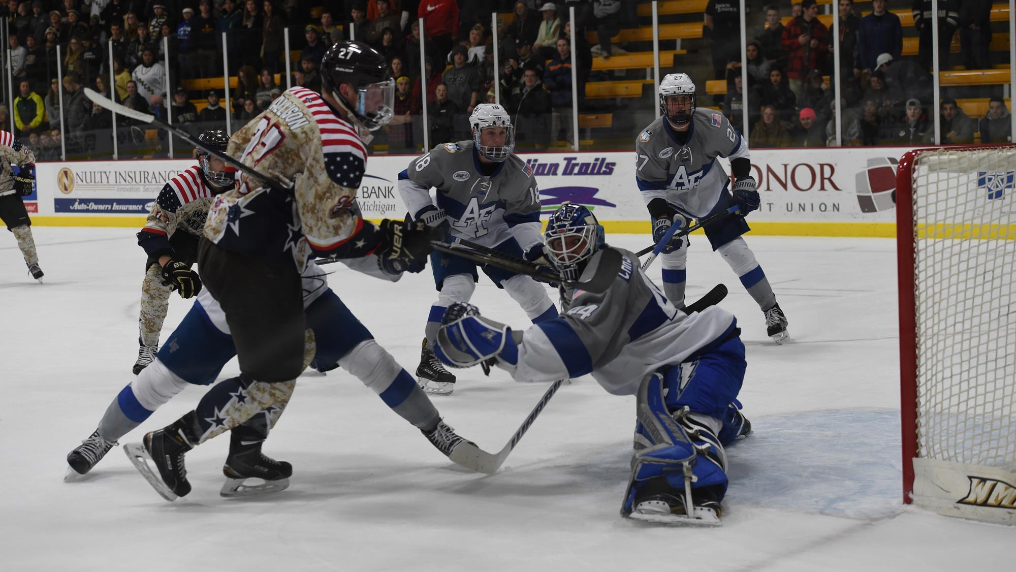 Bronco Hockey Heads to Providence for East Regional Semifinal Against Air Force