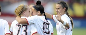 Shannon Collins leads Terps to victory over La Salle. (Courtesy of UMTerps.com)