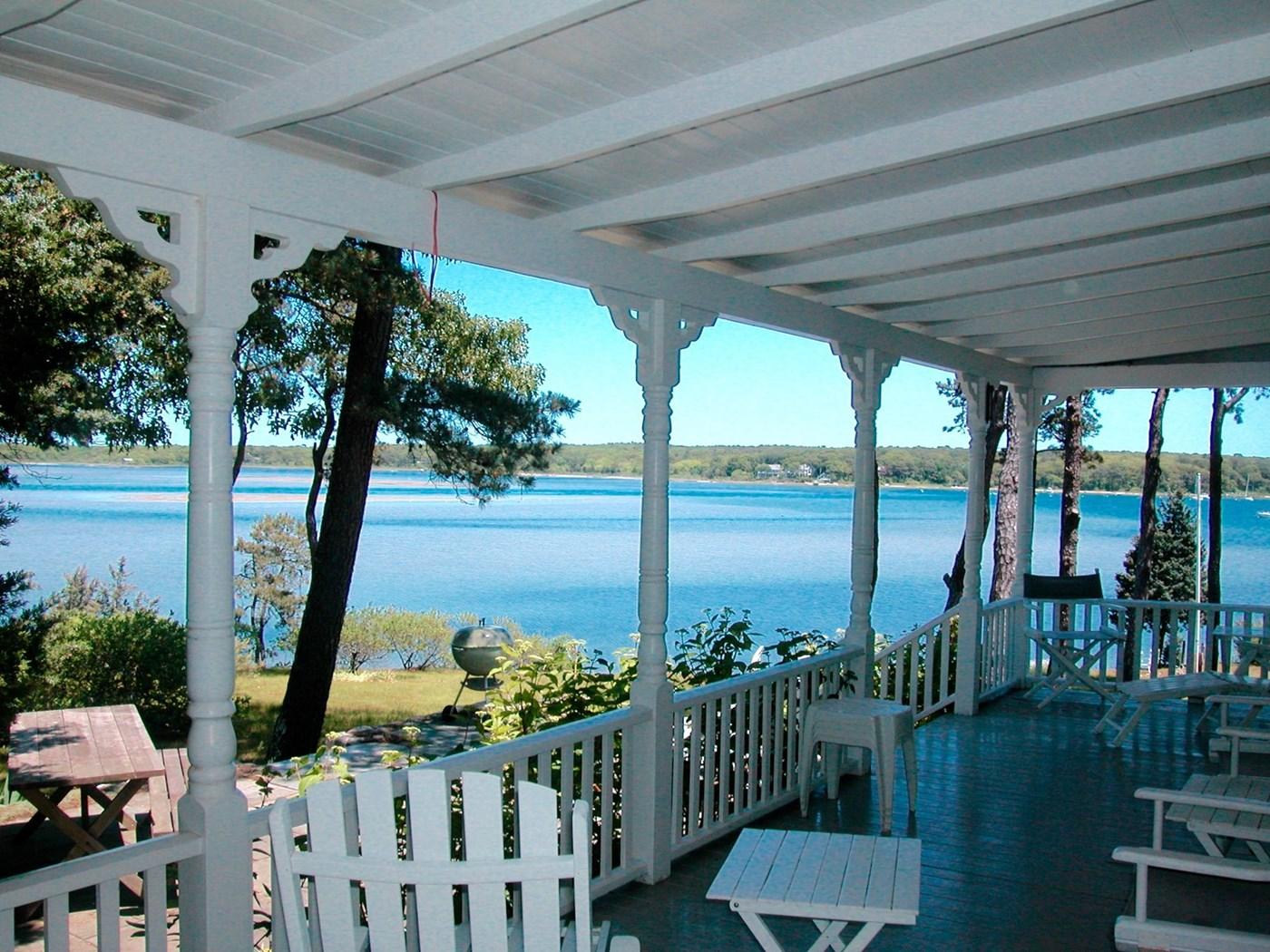 Vineyard Haven Vacation Rental Home In Martha's Vineyard