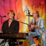 """Flower-Power am Schaumbergtower mit """"Time 4 two"""""""