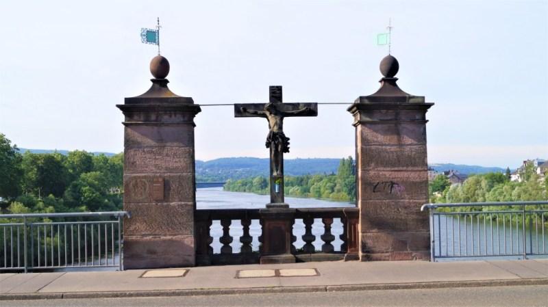 Cruzifix alte Moselbrücke