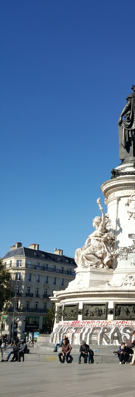 Side profile of the statue in Place de la Republique