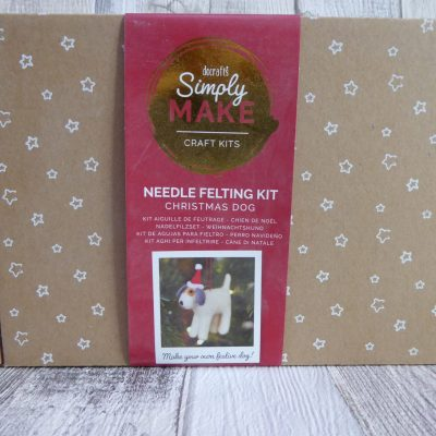 Picture of a festive dog Needlefelting kit from Simply Make.
