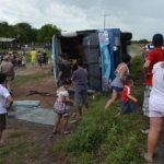 Busunfall verletzt zehn Personen