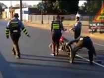 Handgreiflichkeiten bei Polizeikontrolle