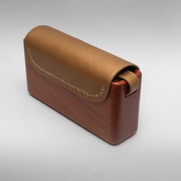 The Wagbag : Acajou Cuir Gold