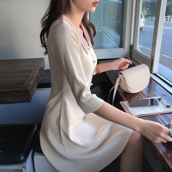 Mishow 19 Autumn Women's Knitted Dress Korean Solid Sweety Slim Fit Half Sleeve Mid-length Dresses Elegant Vestidos MX19C1308