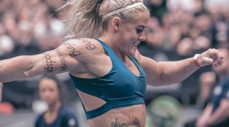 Sara Sigmundsdottir at 2019 CrossFit Strength In Depth Sanctional
