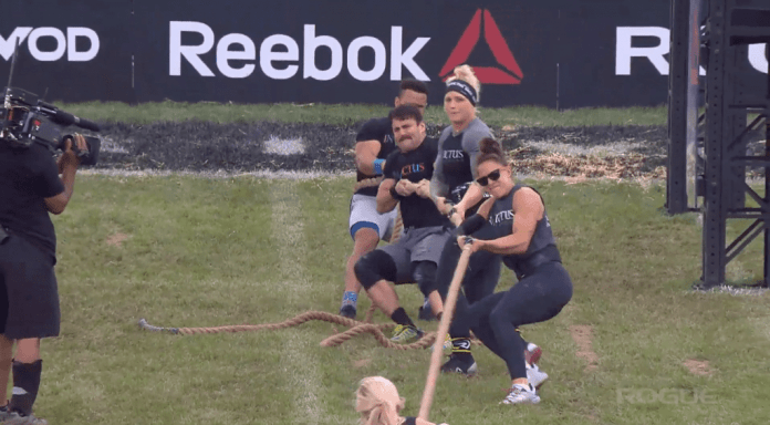 CrossFit Invictus Back Bay from Boston wins their first round of Tug-of-War at the Rogue Invitational.