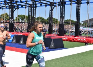 Gabriela Migala competes at the 2019 CrossFit Games