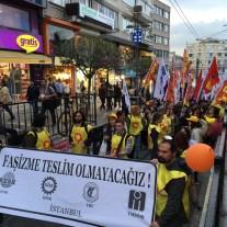 """Die Mende skandiert """"Überall ist Taksim!"""""""