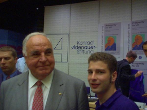 Mit Helmut Kohl 2003