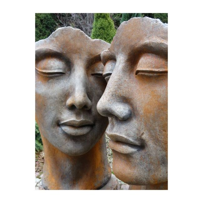 Steinguss-Skulptur-Mann-Frau