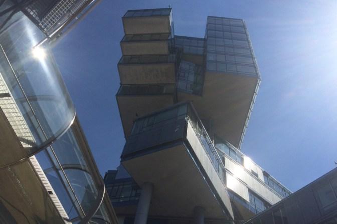 Foto Moderne Architektur in Hannover