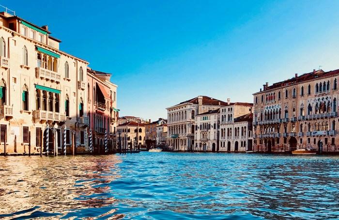 Canales de Venecia limpios a consecuencia del confinamiento por COVID-19
